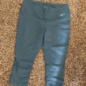 Nike Capri exercise pants